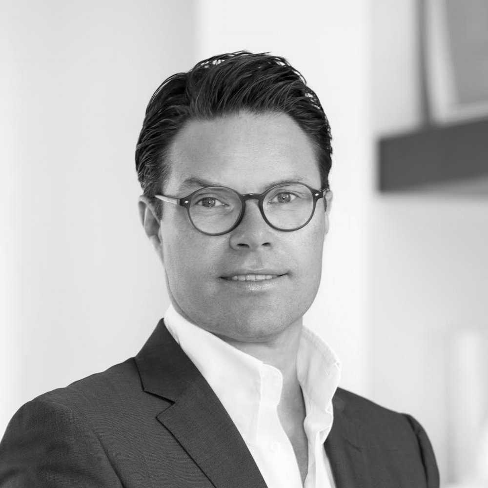 Willy Dahl    Investor and entrepreneur in telecom, IT, asset management and real estate  Co-founder of Phonero and Solvilla, active board member in multiple private and listed companies  Former lawyer in Thommessen, law degree from University of Oslo