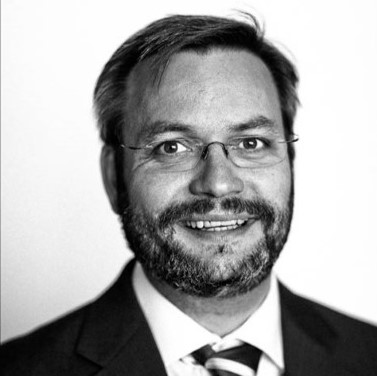 Håkon Taule    Founder THEMA Consulting Group -  Advisory firm, renewable energy sector  Former partner ECON  Copenhagen Business School and HEC, Paris