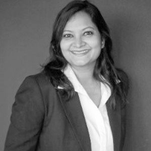 Sangeeta Arvind    Recruiting Manager