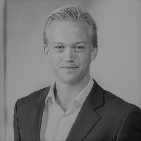 Lars Kvaalen    Partner