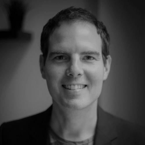 """Leo van Loon    Serial social entrepreneur. Founder of Buzinezzclub, Taalclub and Werkclub. Creator of the first Social Impact Bond in the Netherlands. Public speaker, coach and author of the book """"Entrepreneurship in transition""""."""