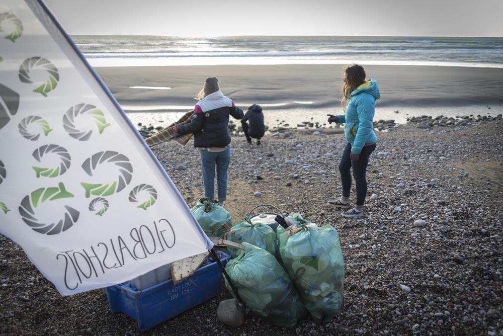 beach clean 7.jpg