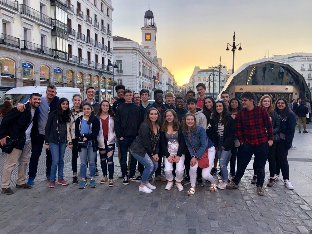 EdOdyssey Spain Team with Students