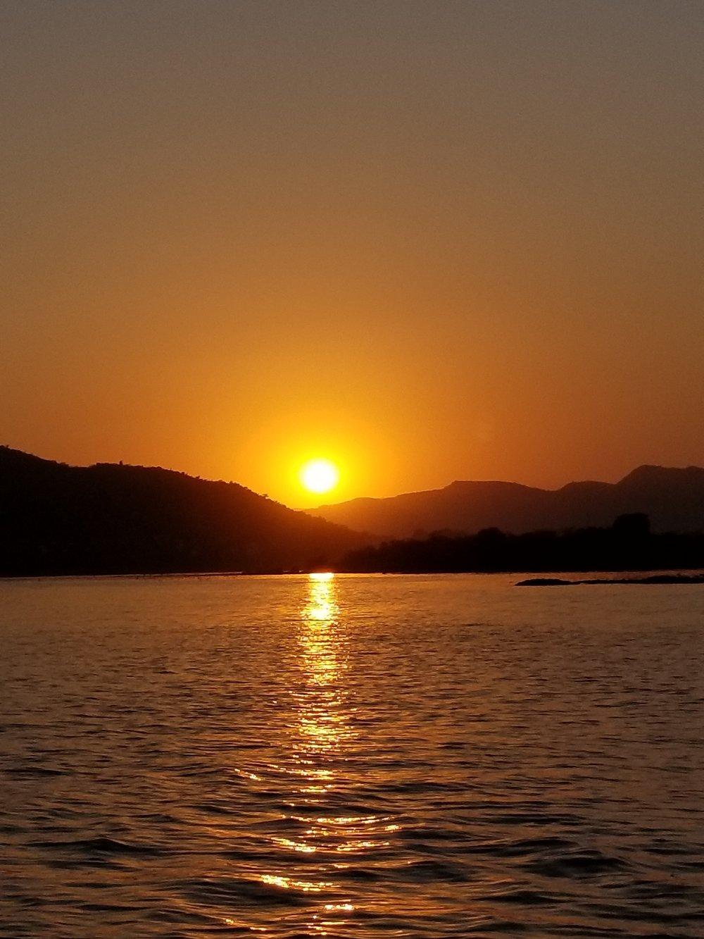 sunset on Lake Pichola