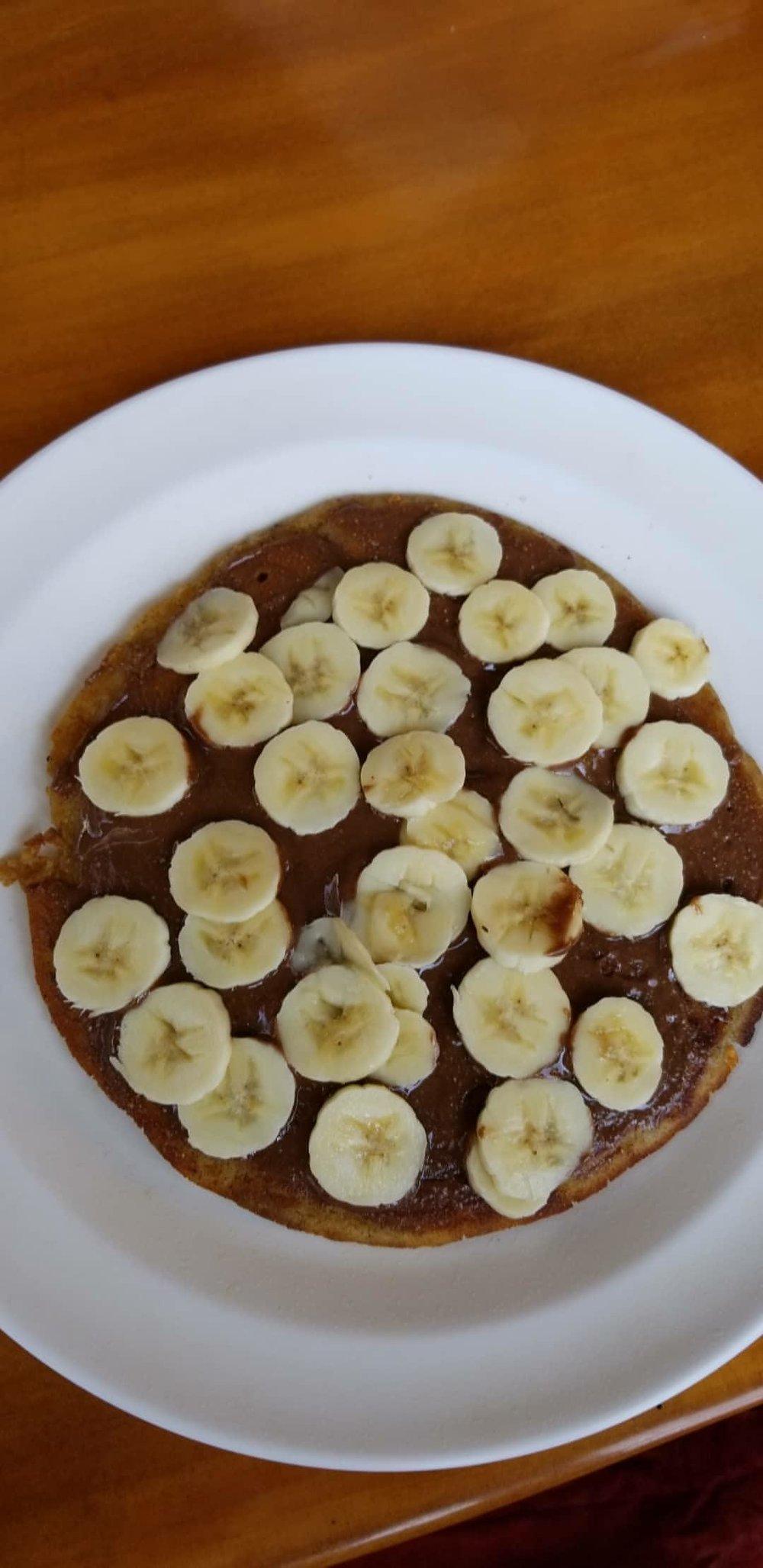 VEGAN nutella banana pancake!