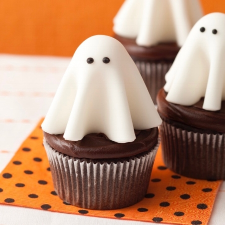 Ghost-cupcakes-feature.jpg