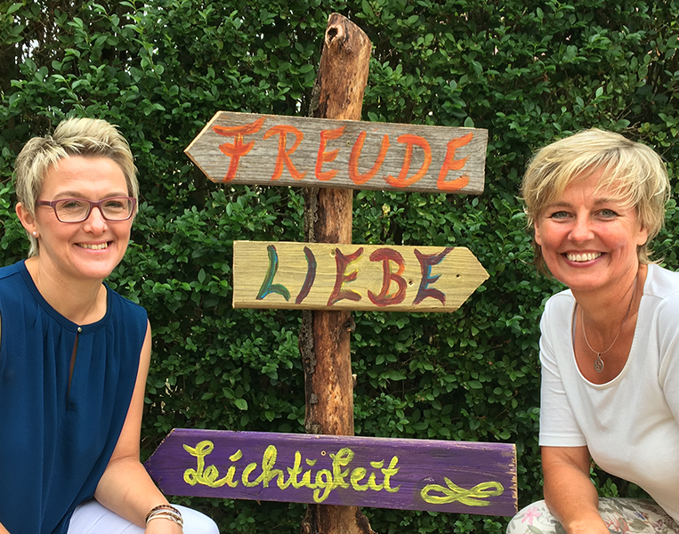 FREUDE, LIEBE, LEICHTIGKEIT - Ein Seminarwochenende von Frauen für Frauen mit Ruth Lüttel & Andrea Thalmann