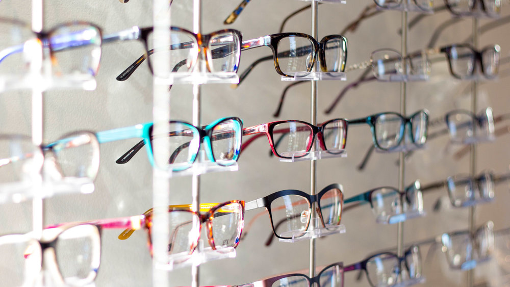 Frames - At El Reno Family Eyecare, we are pleased to offer an excellent selection of frame options. From fashion forward to fashion affordable, we have the frame to suit your taste.View our frame & lens offers.