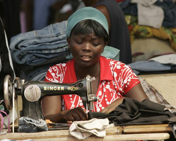 een nieuw kleermakers collectief