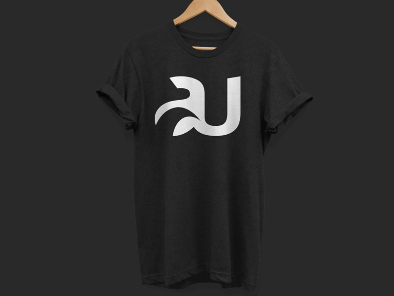 AU SURFING  - Branding, UX + UI Design and digital support for a surf streetwear brand.