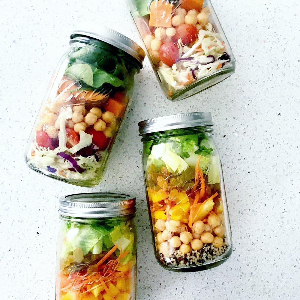 Mason Jar Salads (vegan)