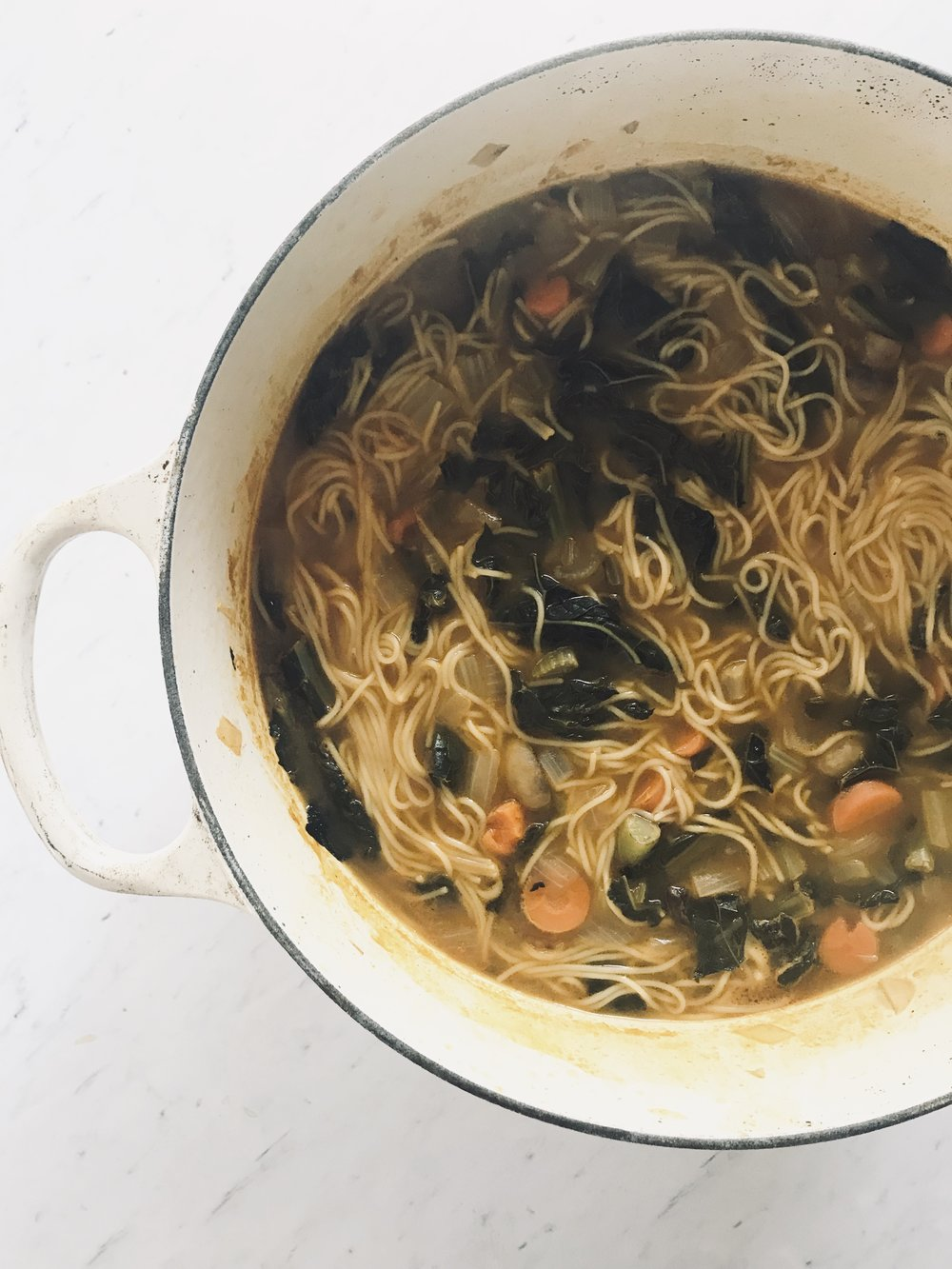 Kale Noodle Soup (vegan)
