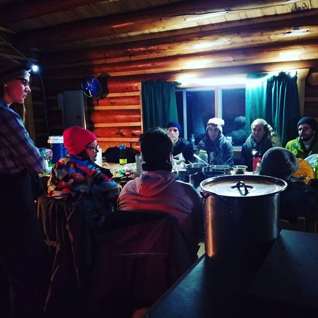 Cold, but fed and surrounded by wonderful friends on the Big Nictau ✌️🙌 .. #welldernessNB #mieuxetreennature #exploreNB #NBParks @destinationnb @parcsnbparks @recreationnb @nbphysicalliteracy @hepacnewbrunswick