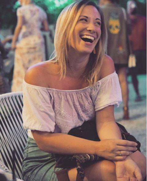 Mary -- Ocala, FL  loves: photography, smiles, Zoe's floppy ear  hates: none