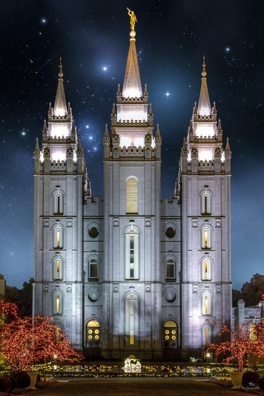 12_1_2018_Temple Christams Lights (27) Flattended.jpg