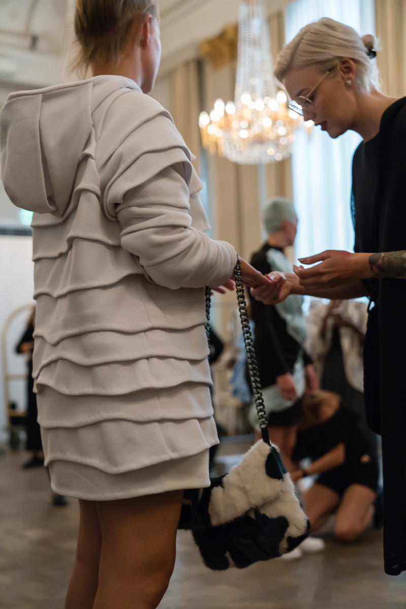 elaine-hersby-fashionshow2017-massimedia28.jpg