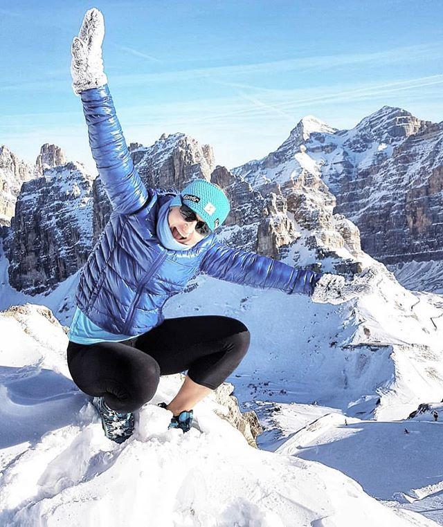 Eisbar Adventures 📸 @monika_outdoor_life . . . . . . #travel #skiing #ski #snow #winter #mountains #fashion #girl #style #beauty #winterfashion #nature #outdoors #photography #exploretheworld #explore #selfie
