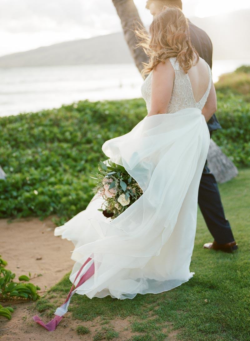 romantic-wedding-photos-destination-wedding-photographer-maui-hawaii-20.JPG