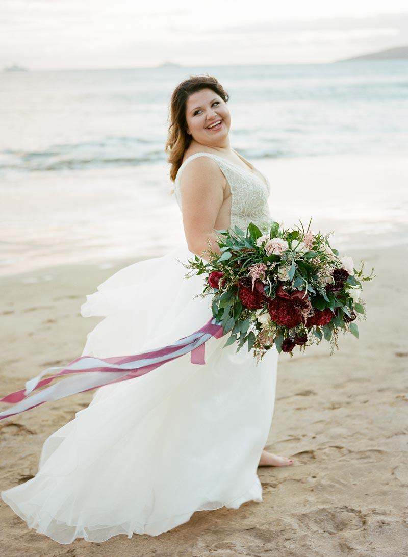 romantic-wedding-photos-destination-wedding-photographer-maui-hawaii-27.JPG