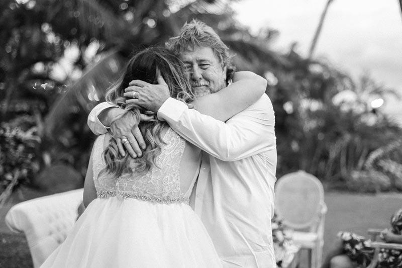 romantic-wedding-photos-destination-wedding-photographer-maui-hawaii-40.JPG