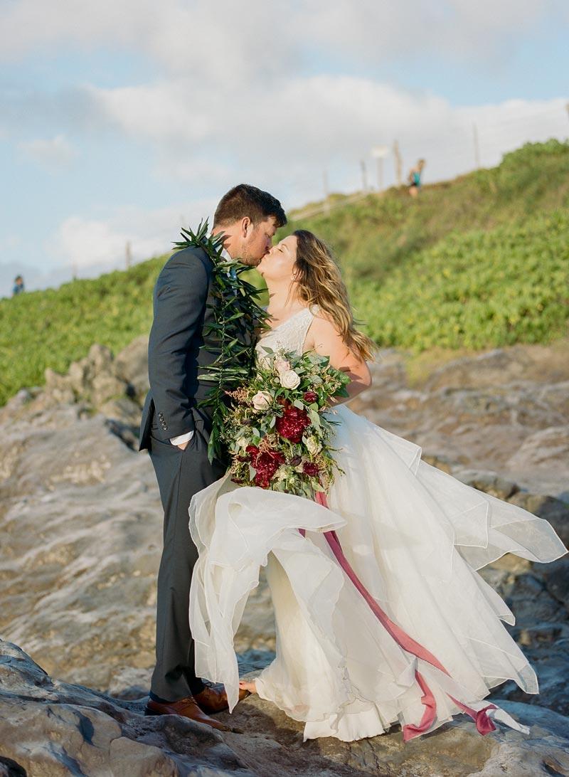 romantic-wedding-photos-destination-wedding-photographer-maui-hawaii-58.JPG