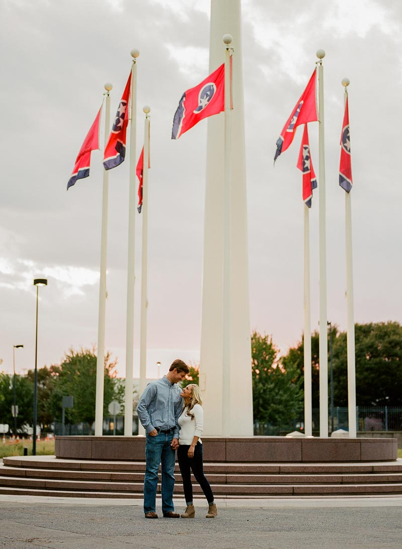 tn-state-capitol-engagement-session-nashville-engagement-photographer12.JPG