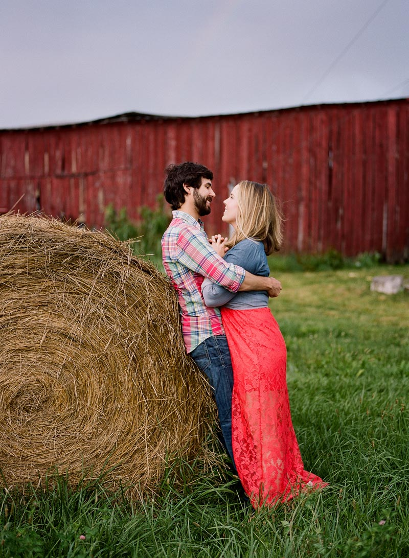 tn-farm-engagement-picture-ideas-nashville-wedding-photographer34.JPG