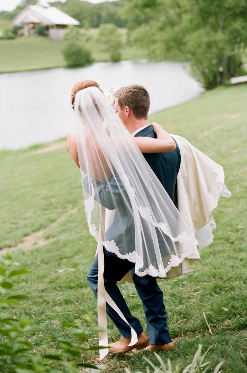 photography-style-tips-for-brides-nashville-wedding12.JPG