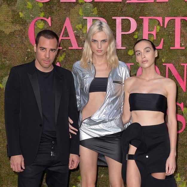 About last night! The beautiful  @maximmagnus and @andrejapejic wearing @pedro_lourenco @zilver in Milano for the #greencarpetfashionawards. Make up by @alana__gee @kalon_artists. . . . . . #greencarpetfashionawards #milan #milano #italy #supermodels #activist #designer #fashionweek #makeupartist #kalonartists
