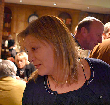 Lillian-landlady-photo-tipputs-inn-stroud-gloucestershire.jpg