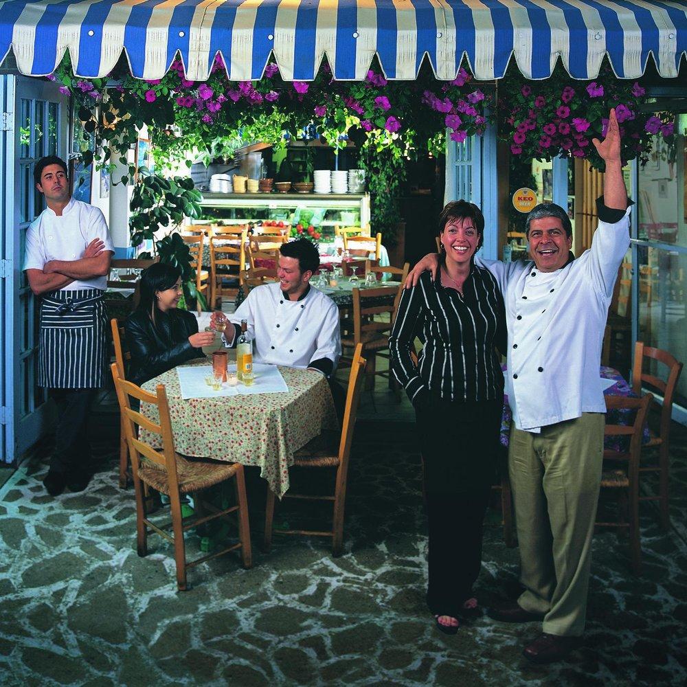 Family_Restaurant_poster.jpg