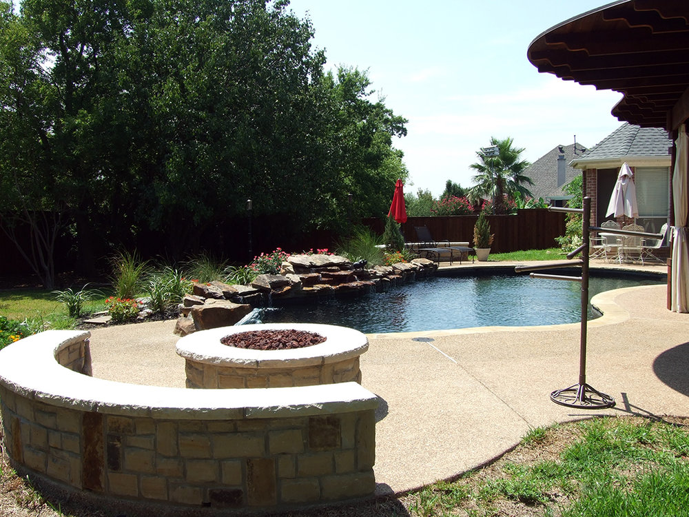 BMR pool and patio firepit seated.jpg