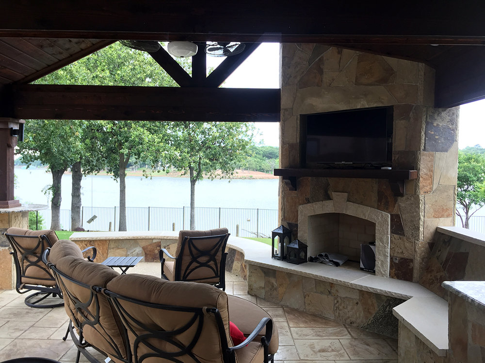 bmr pool and patio outdoot tv fireplace patio.jpg
