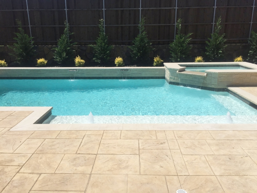 bmr pool and patio p r444kk4.JPG