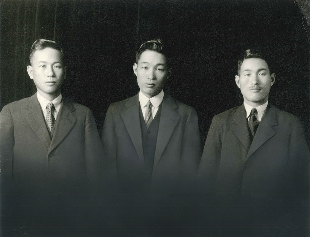 umeya_3_brothers.jpg