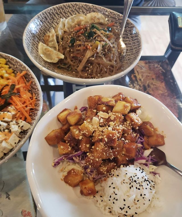 We take extra care to make sure that all of our ingredients are 100% plant-based so you don't have to. Come try one of our delicious dishes today! 😃 . . . #savegyyc #savegcafe #saveg #vegan #calgaryvegan #vegancalgary #yycvegan #veganyyc #yyccafe #beltline #beltliner #heavensfitness #beltlineyyc #yyceats #on11thave #yyc #calgary #downtowncalgary #downtownyyc #yycliving #dailyhiveyyc #photography #yyceats #yycfood #yycnow