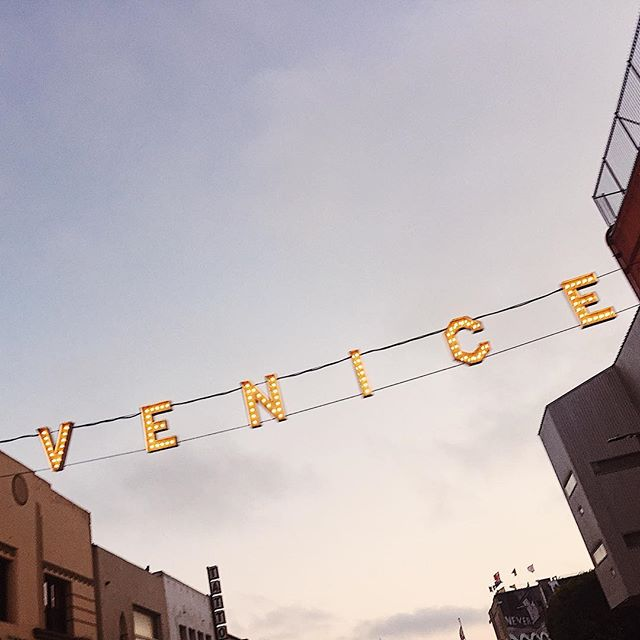 It started long ago, my dream to run my own business but it wasn't until this past summer, standing under this iconic Venice Beach sign did I realize I had bigger goal in mind ... and a need to provide a solution to my clients, my girls. With a lot of long hours and hard work I'm able to finally start a new venture that is Girls Creative! No longer a one woman show, I'm so excited for this new chapter. We're launching in private beta for now ✨ current clients check your email in the coming days ✨ but soon we'll be open to the public with a new site in mid January. Thank you so much for following along and we can't wait to be your go to girls for everything creative.
