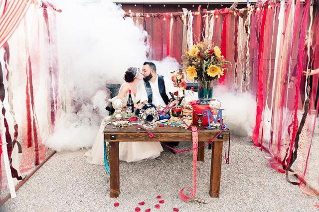 Magical! That is the ONLY way to describe this whimsical wedding! Our sweetheart table is PERFECT for the bride and groom to get cozy 😘 thank you for letting us be a part of your wedding! 📸: @norina_kaye  Wedding planner @paulinacluteevents  Venue @legendsranchlasvegas  Floral & Decor- Friend of the bride Boutonnieres - Mother of the groom  Bridesmaids Floral Rings- Mother of the groom