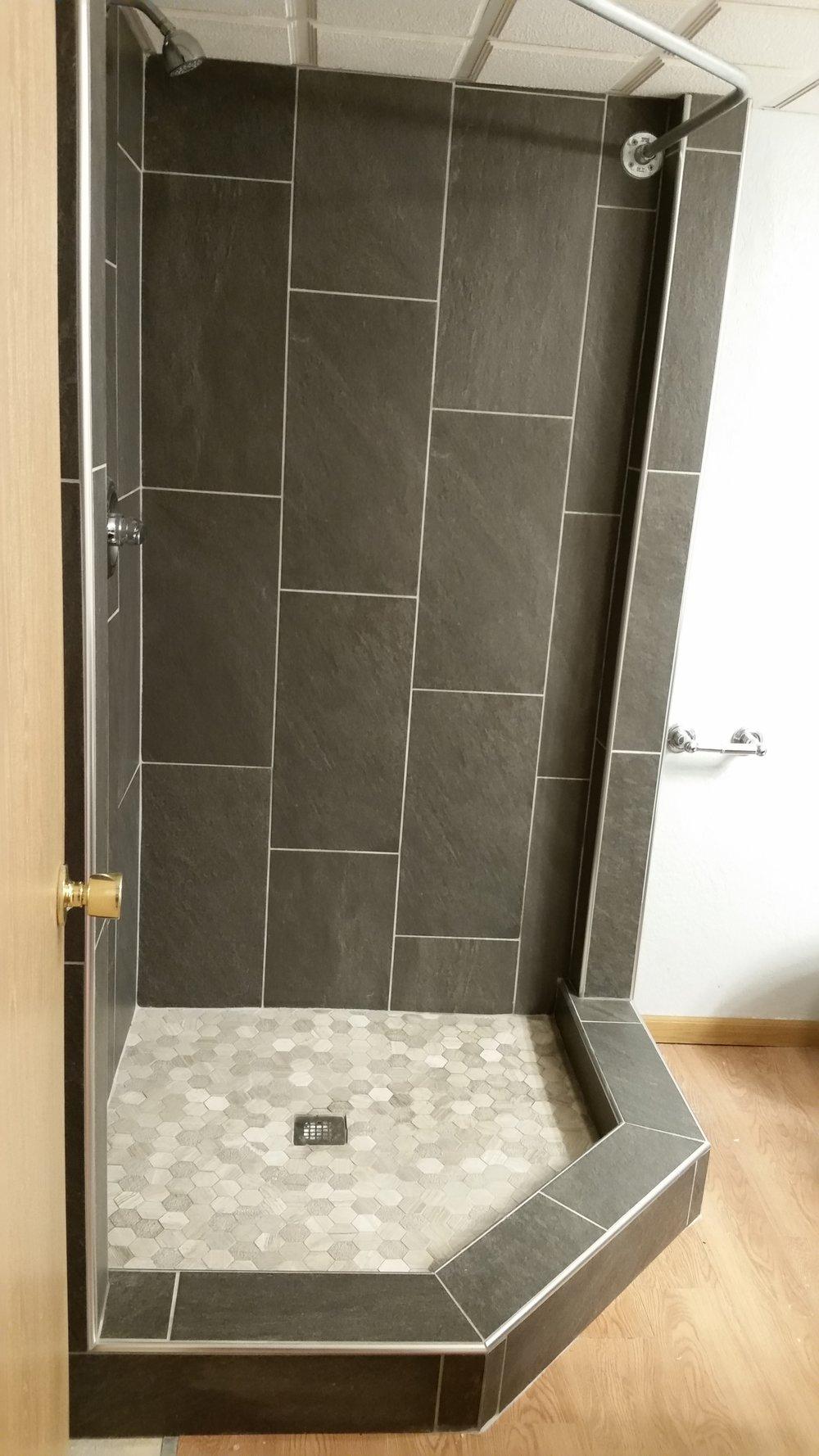 Jankins Shower (1).jpg