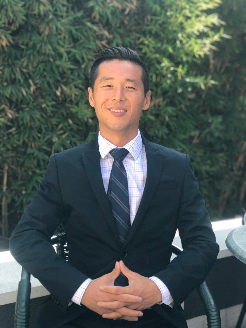 Samuel Lee, MD – Holistic Board-Certified Psychiatrist