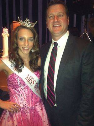Captured a moment with Ashley Byrd, Director of the Miss South Carolina Organization, while at an appearance. Thank you for all you do!