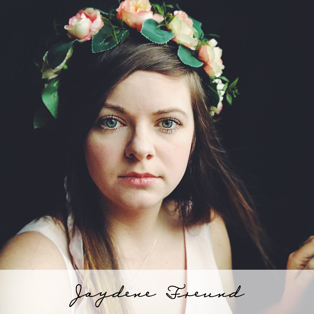 Jaydene Freund, is a celebrated birth photographer who is excited to mentor you in the art of waiting for the shot as well as what to shoot, both essential lessons in how to be a birth photographer.