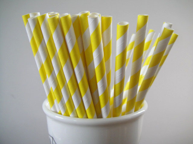 Yellow Straws in Cup.jpg