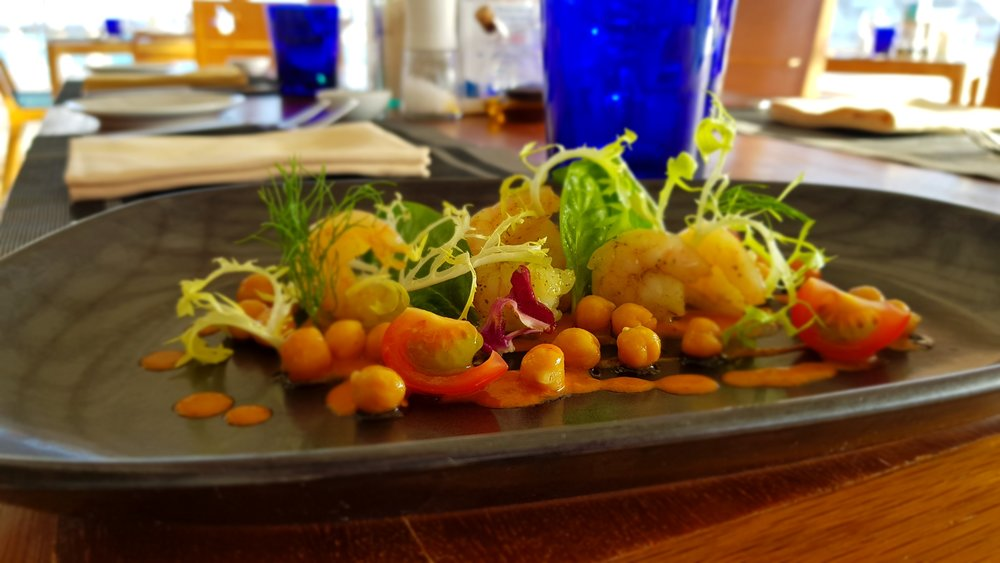 Basil chickpeas with lemon shrimps.jpg