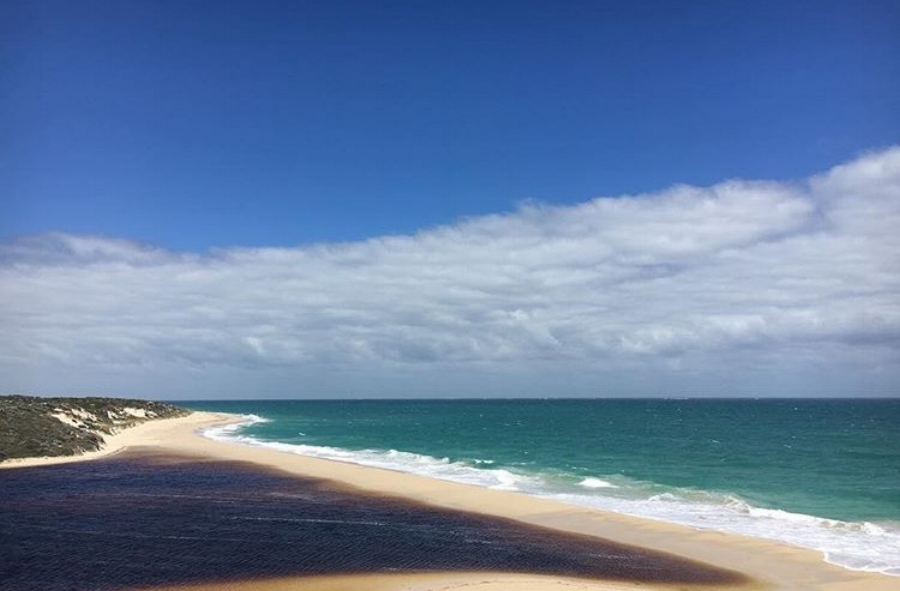 (Moore River - Australia)