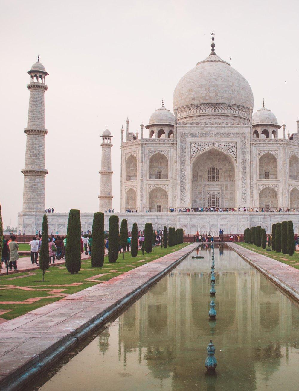 Taj Mahal 2 cropped pixabay CC0 license