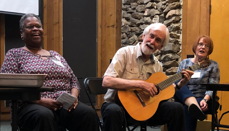 Nationally renowned musician, Bobby Horton, jams with the talented Jacquelyn Denson (SAIL 2018), while facilitator, Nancy Brown, looks on and records the session.