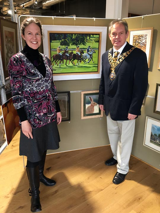 - It was very exciting to meet the mayor of Bicester, Cllr Les Sibley, at Perch for the Artweeks Taster Exhibition on April 6th, 2018 where I am showing two paintings. The evening was a great success and many of the artists exhibiting over Art Weeks were able to give a preview of what they will be showing.The Oxfordshire Artweeks Festival offers a wide variety of media; painting, photography, textiles, sculpture, ceramics, furniture, glass, mosaics, jewellery, and much more and this is a fantastic opportunity to meet the artists, to talk about their workwww.artweeks.org