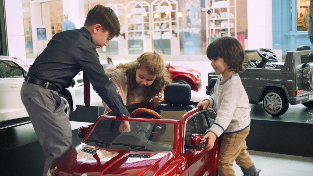 MercedesBenz-LilBenzDealership_Video1Dealership_01.jpg
