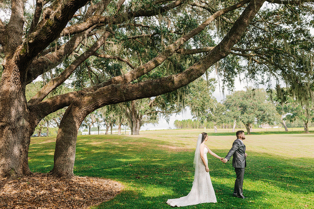 Lakeland-Wedding-Photographer_Wedding-at-The-Lange-Farm_Abby-and-Phillip_Zephyrhills-FL_0125.jpg